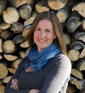 photo of Laurie MacNevin, Associate Editor at HistoricalFiction.ca